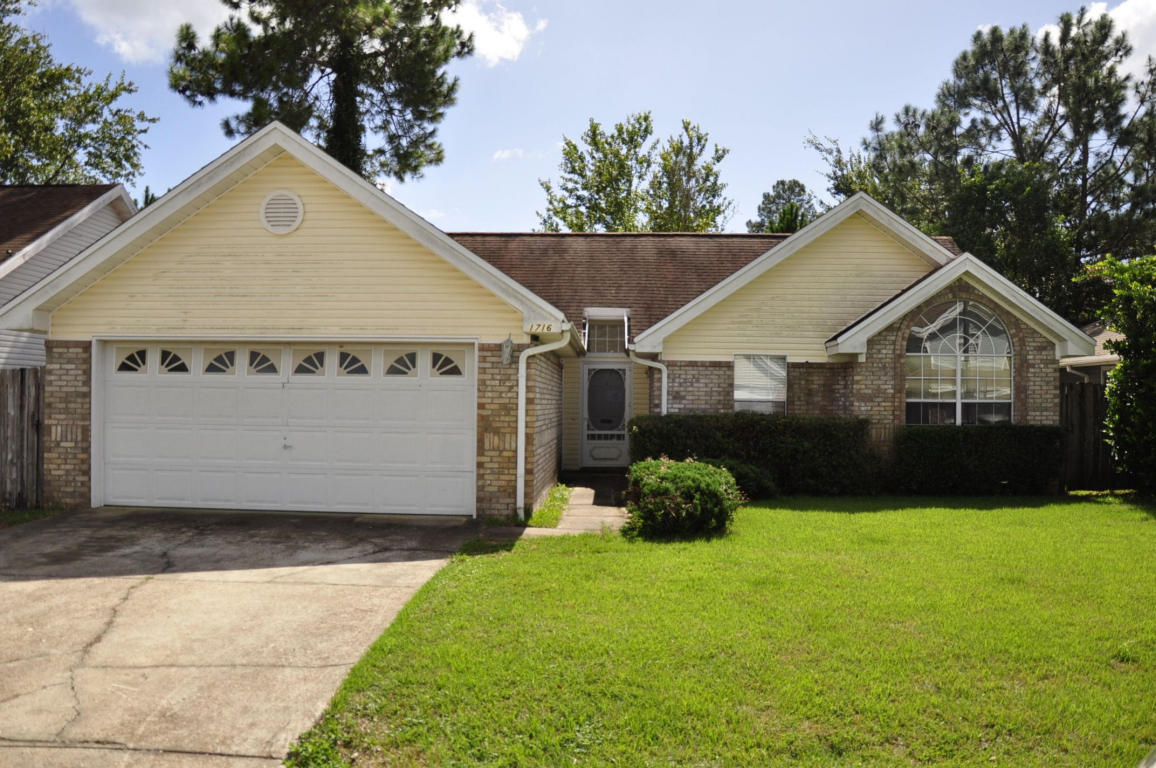 Assurance Garage Location 3 Bed 2 Bath Home In Fort Walton Beach For 120 250