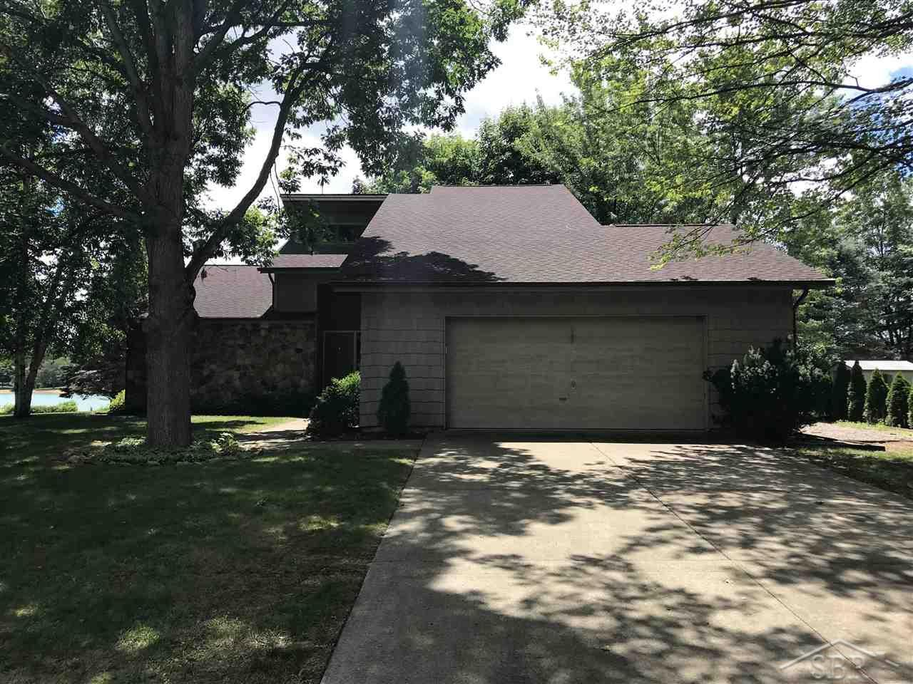 Hom In Sessel 3 Bed 3 Bath Home In Saginaw For 234 900