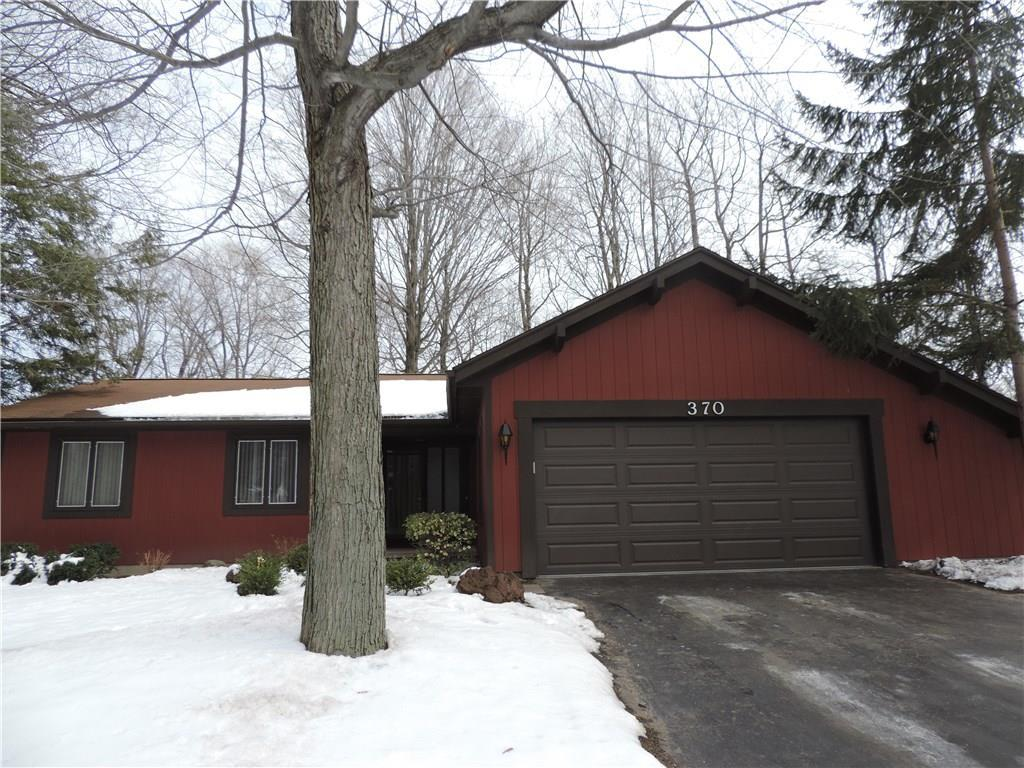 Garage Doors Rochester Ny 370 Heritage Drive Rochester Ny Mls R1105110 Wci Realty