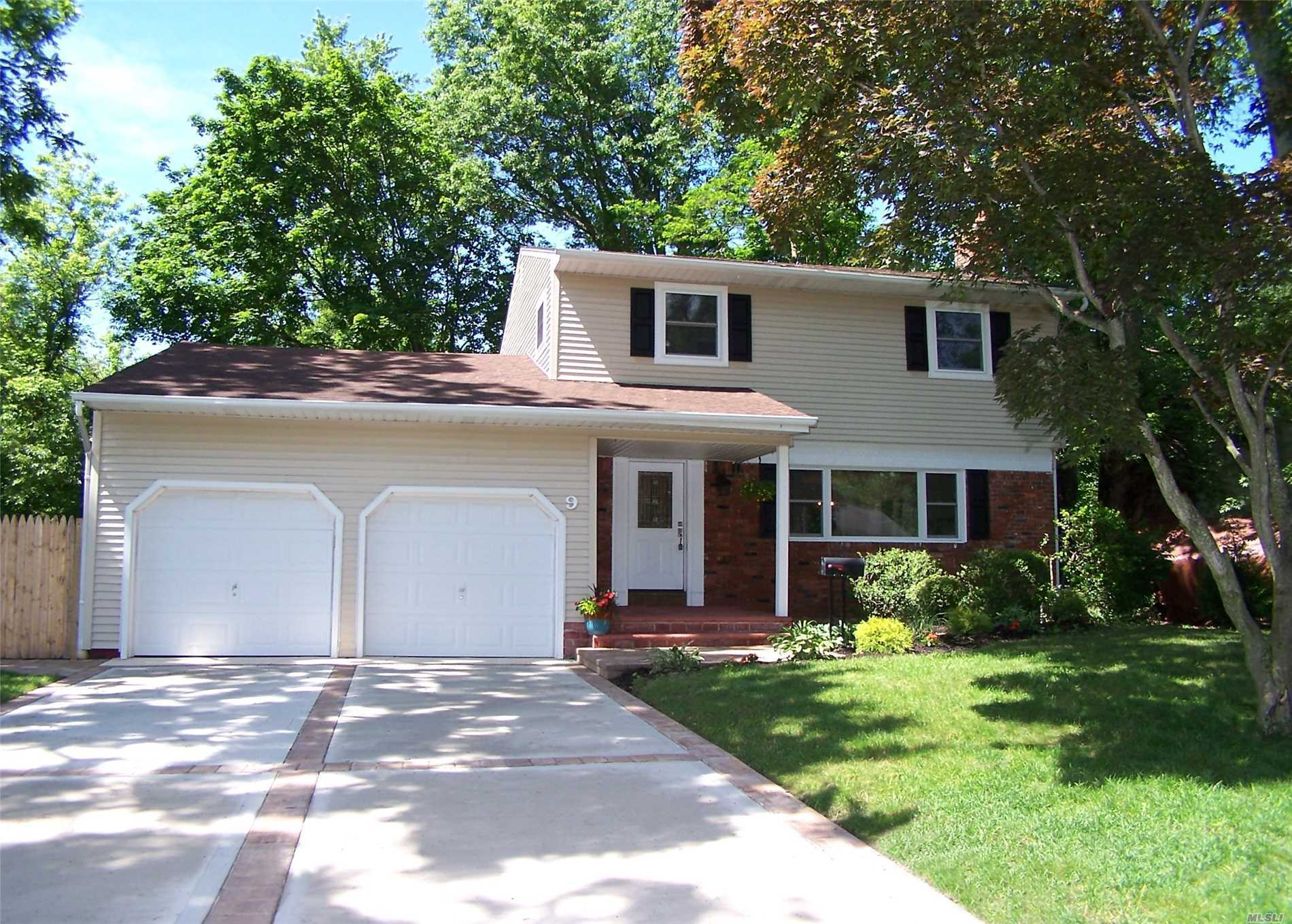 Garage For Sale Long Island 9 Dale Ln Smithtown Ny Mls 3038993 Long Island Homes For