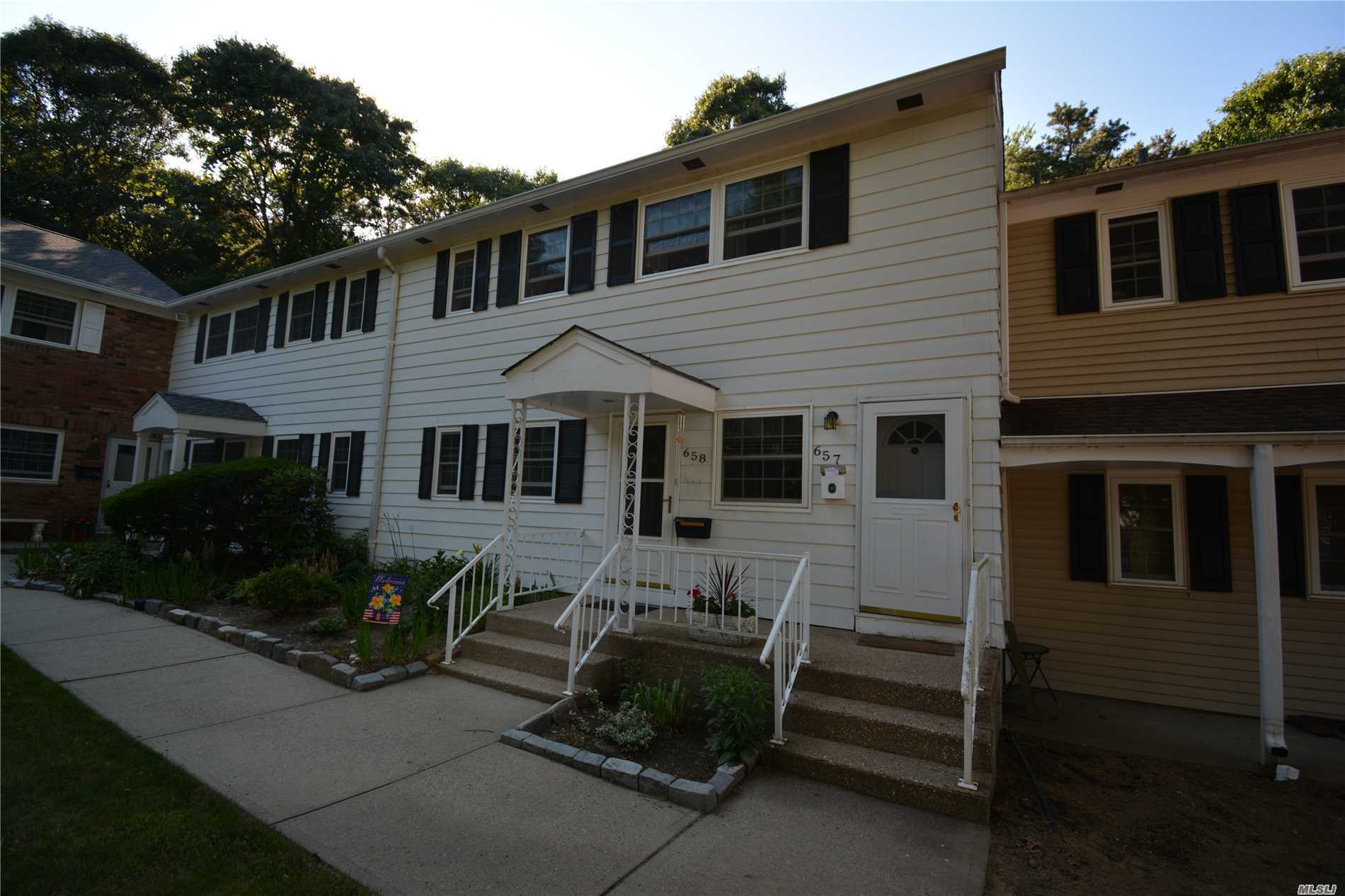 Hot Houses For Sale 1 Bed 1 Bath Rental For Rent In Hauppauge For 1 650