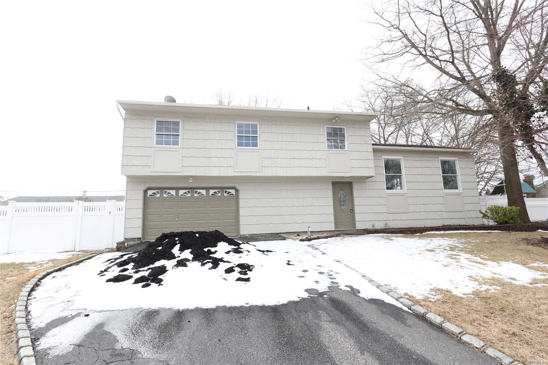 Garage For Sale Long Island 4 Bed 3 Bath Home In Pt Jefferson Sta For 419 990