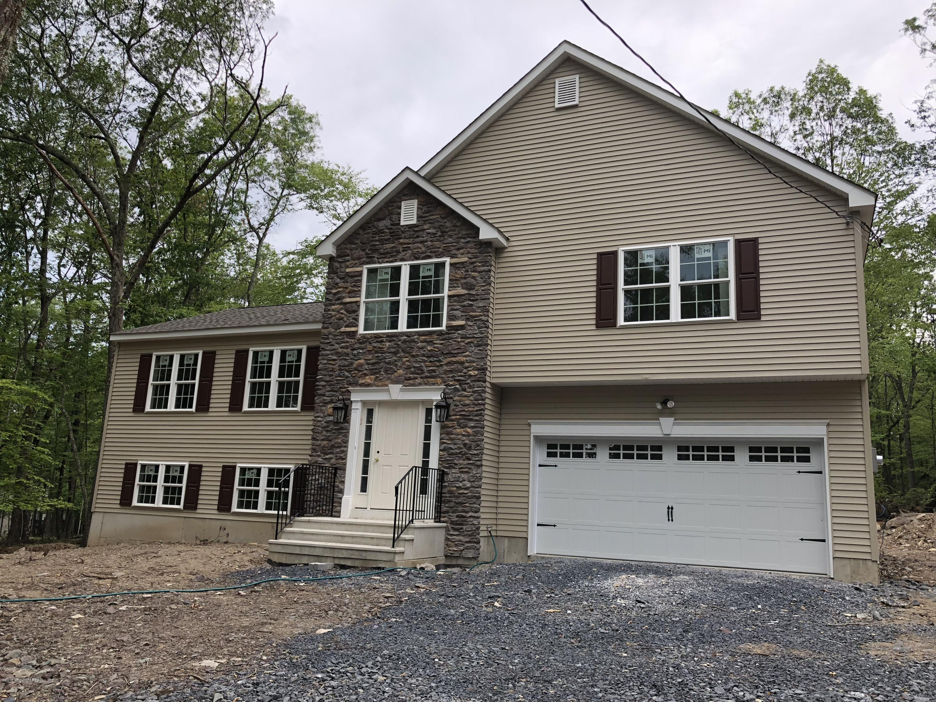 Trafalgar Homes 4 Bed 2 Full 1 Partial Baths Home In East Stroudsburg For 289 900