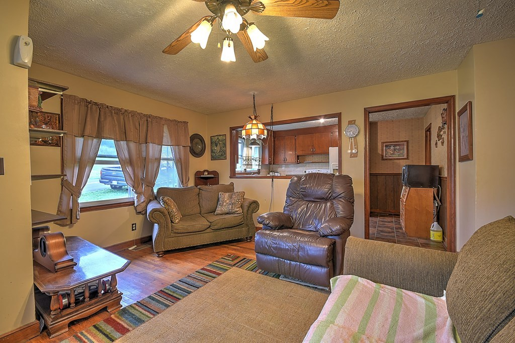 480 E Carters Valley Rd, Gate City, VA MLS# 66214 American Dream - carters inc
