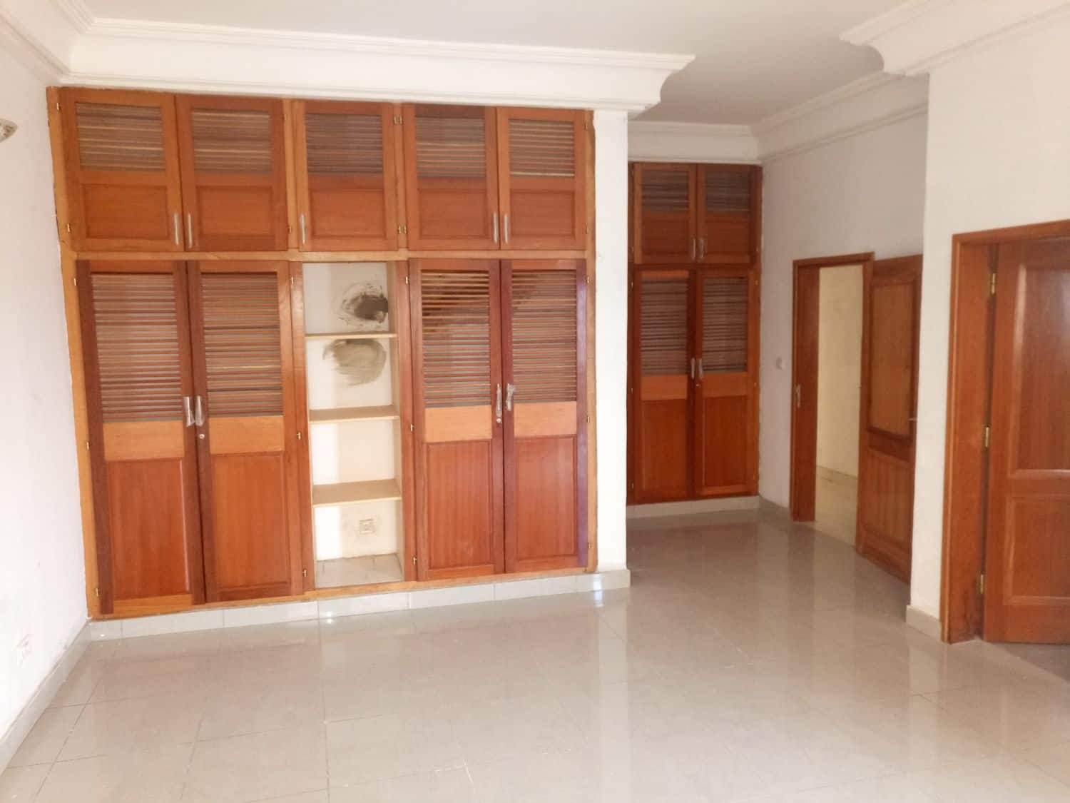 Chambre Moderne Logpom Apartment To Rent At Douala Ndogbong 3 Bedrooms 400 000