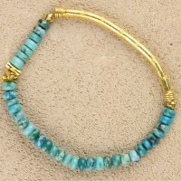 Bright Turquoise with 3 logs Stretch Bracelet