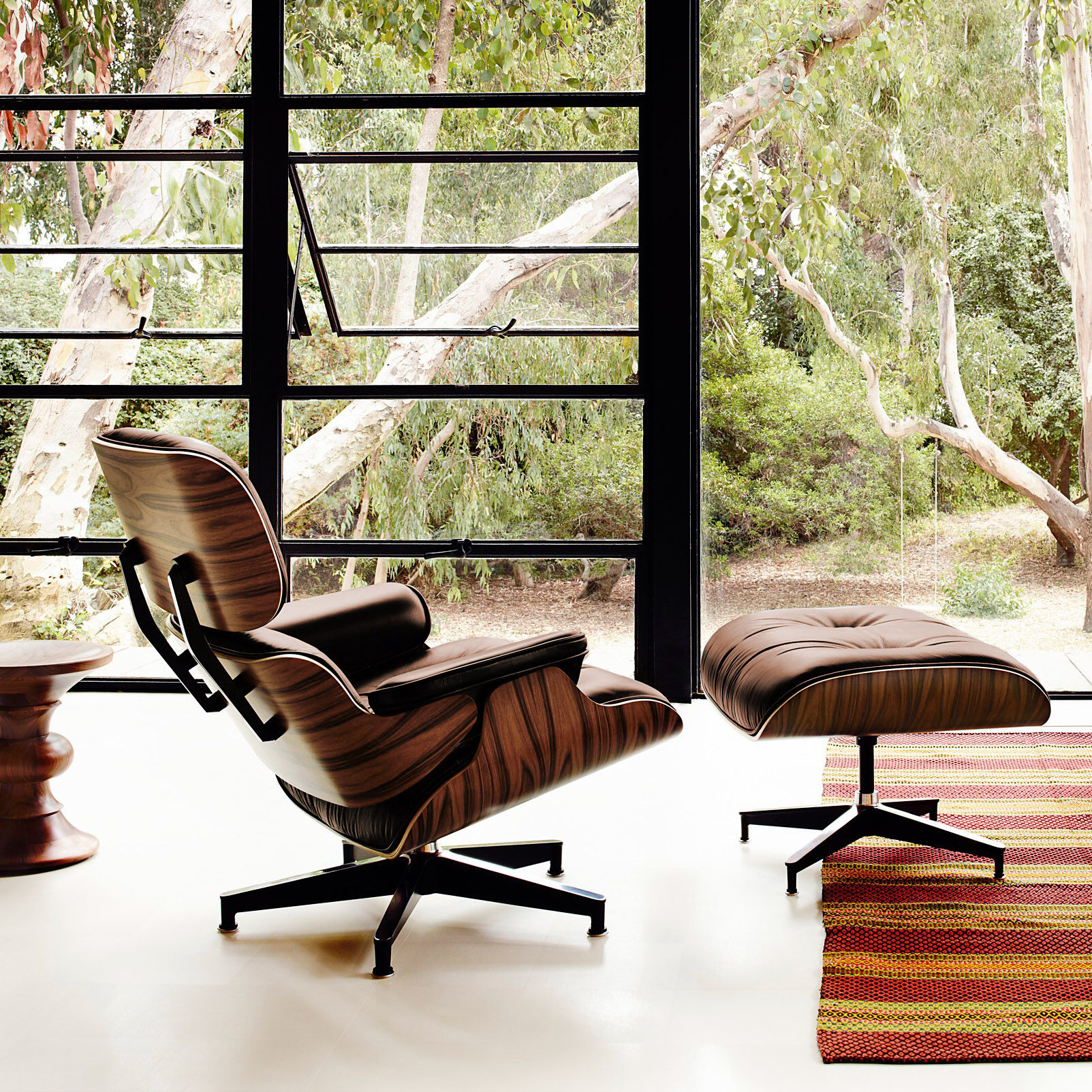 Eames Lounge Sessel Eames Lounge Chair With Ottoman