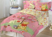 Winnie the Pooh Cheerful Friendly Pink Twin Bedding Set