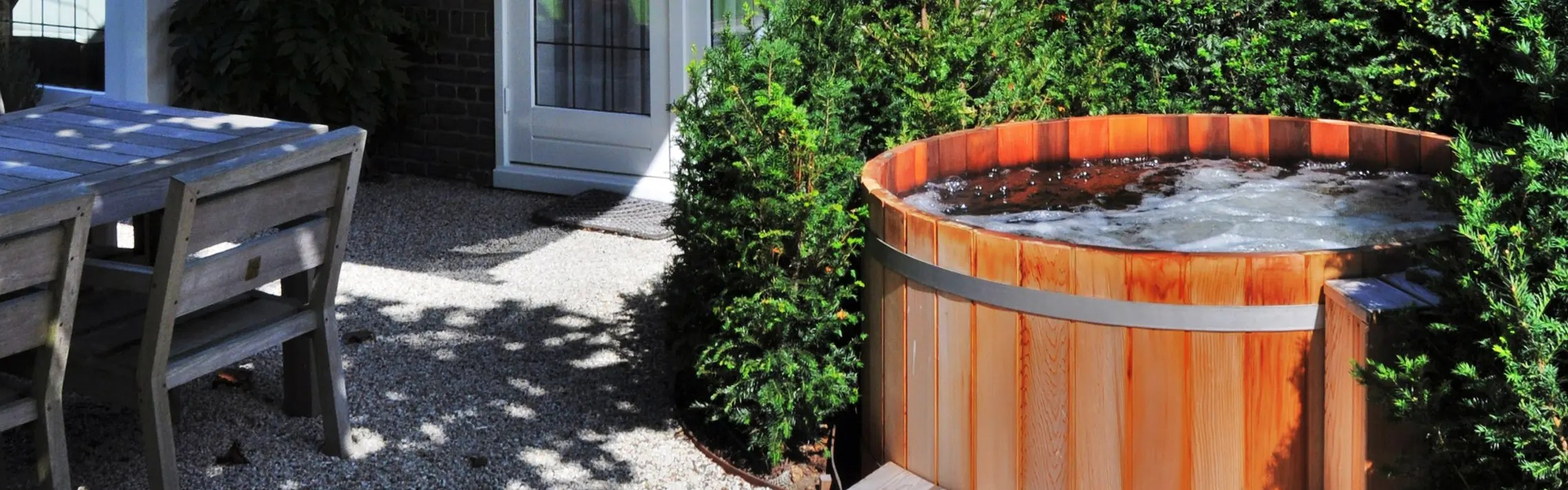 Hottub In De Tuin Spa Wellness Stork Zwembaden