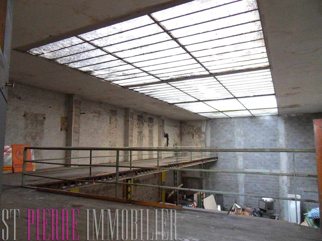En vente loft de 600m2 dans le centre ville de niort st for Immobilier loft