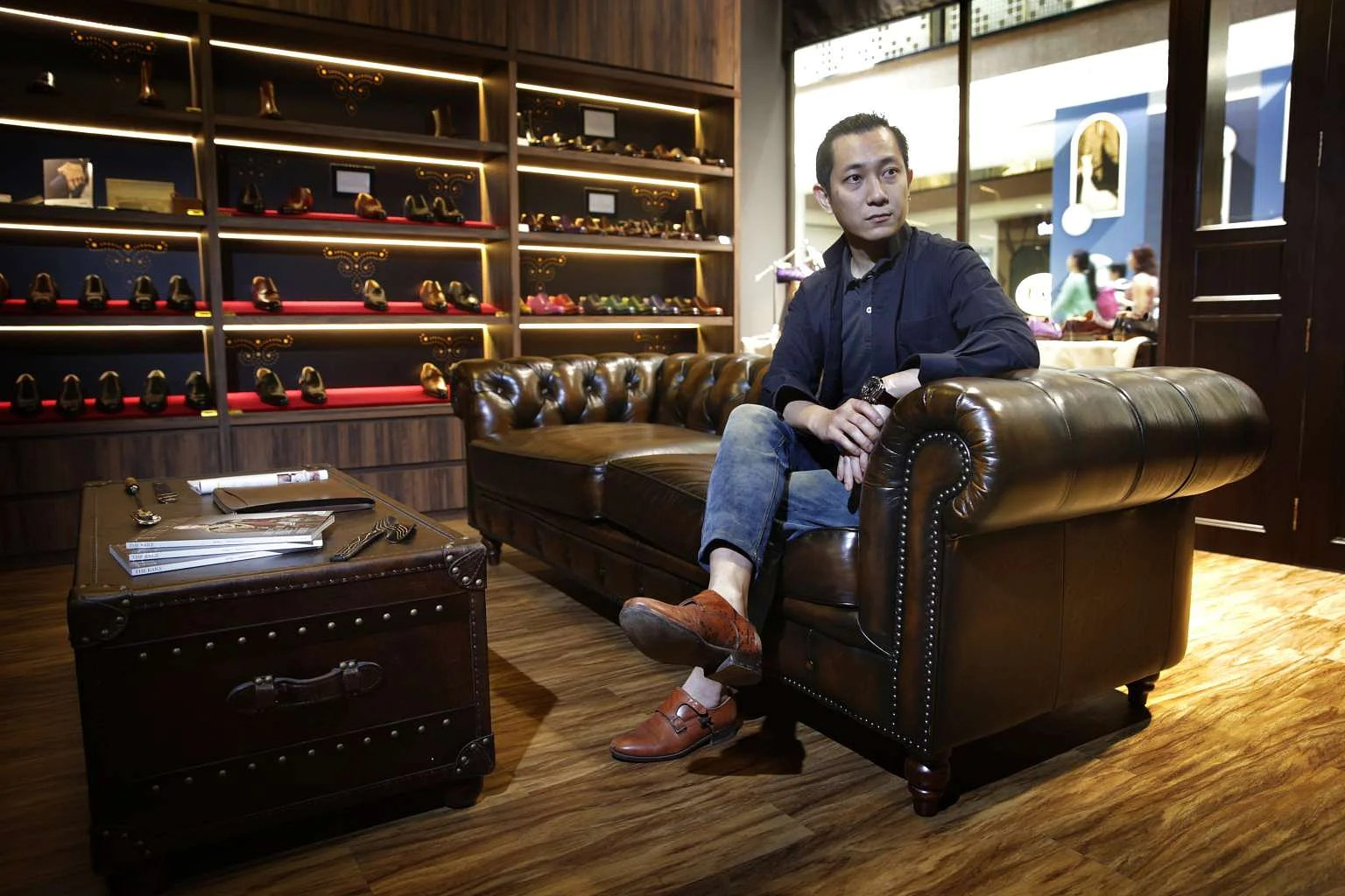 Sofa Repair Jakarta From Cobbler To Master Crafter Of Shoes Singapore News Top