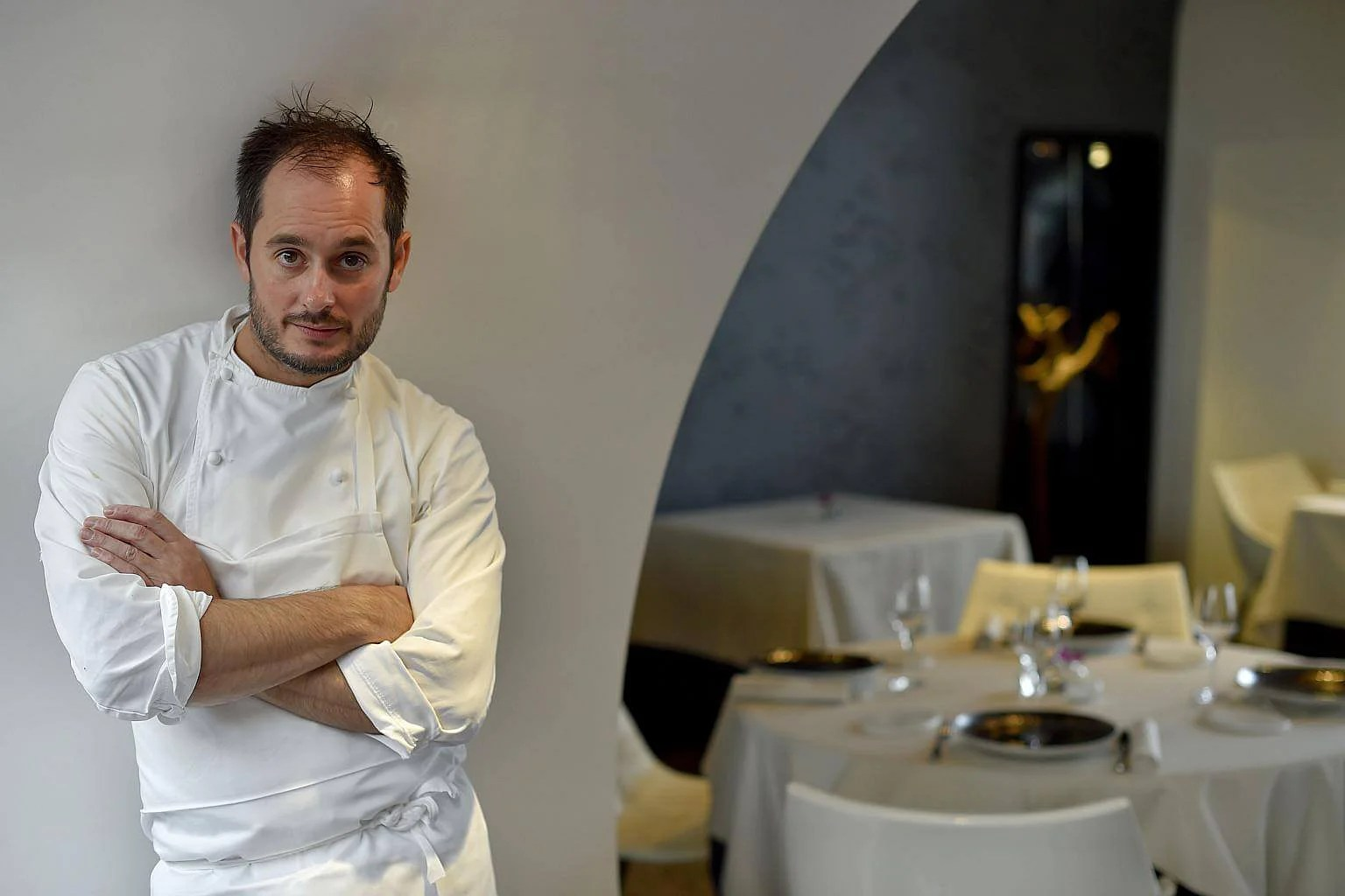 Couillon Noirmoutier Seafood Cook Alexandre Couillon Named France S Chef Of The Year