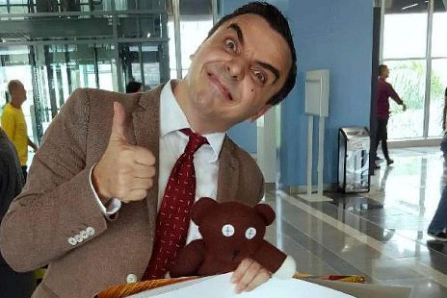 Mr Bean Mr Bean Rides Malaysia S Mrt For A Good Cause Se Asia News Top