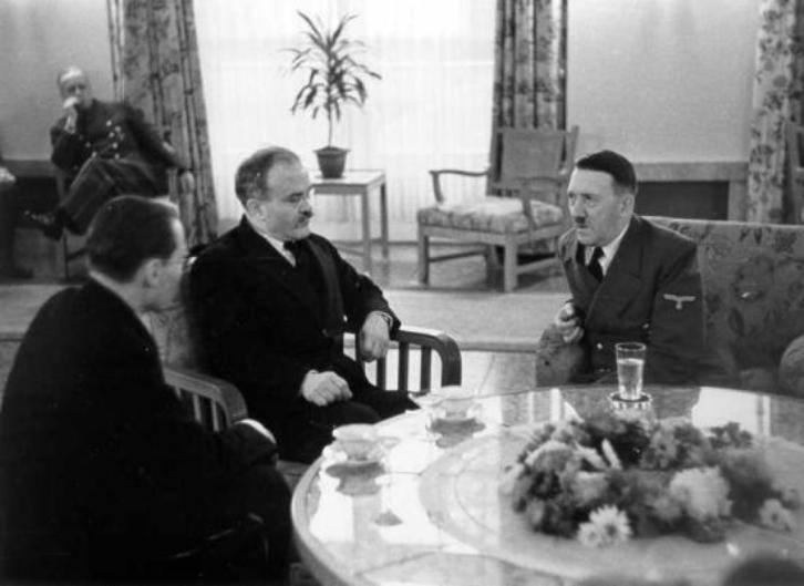 """""""Karların dialoqu"""" - Hitlerin Stalini şəxsən görmək arzusu necə puça çıxdı?"""