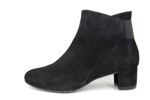 Black Soft Suede Short Boots With Low Heels Large Size