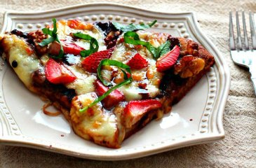 Balsamic Strawberry Walnut Pizza with Fresh Mozzarella and Basil by soni's food