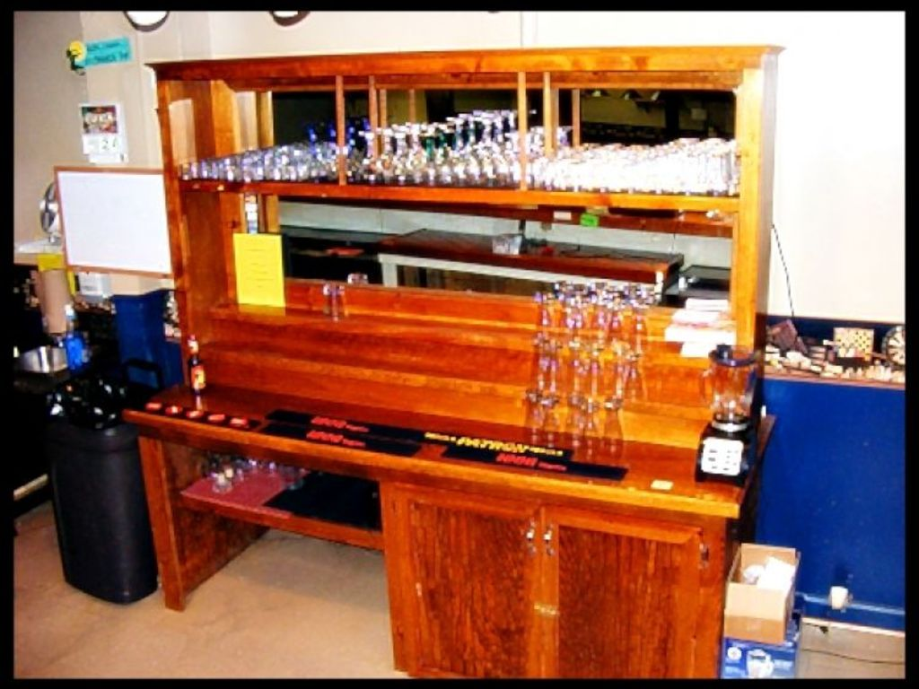 Cash Pool Halle Spotless Restaurant Bar And Pool Hall Contents Liquidation