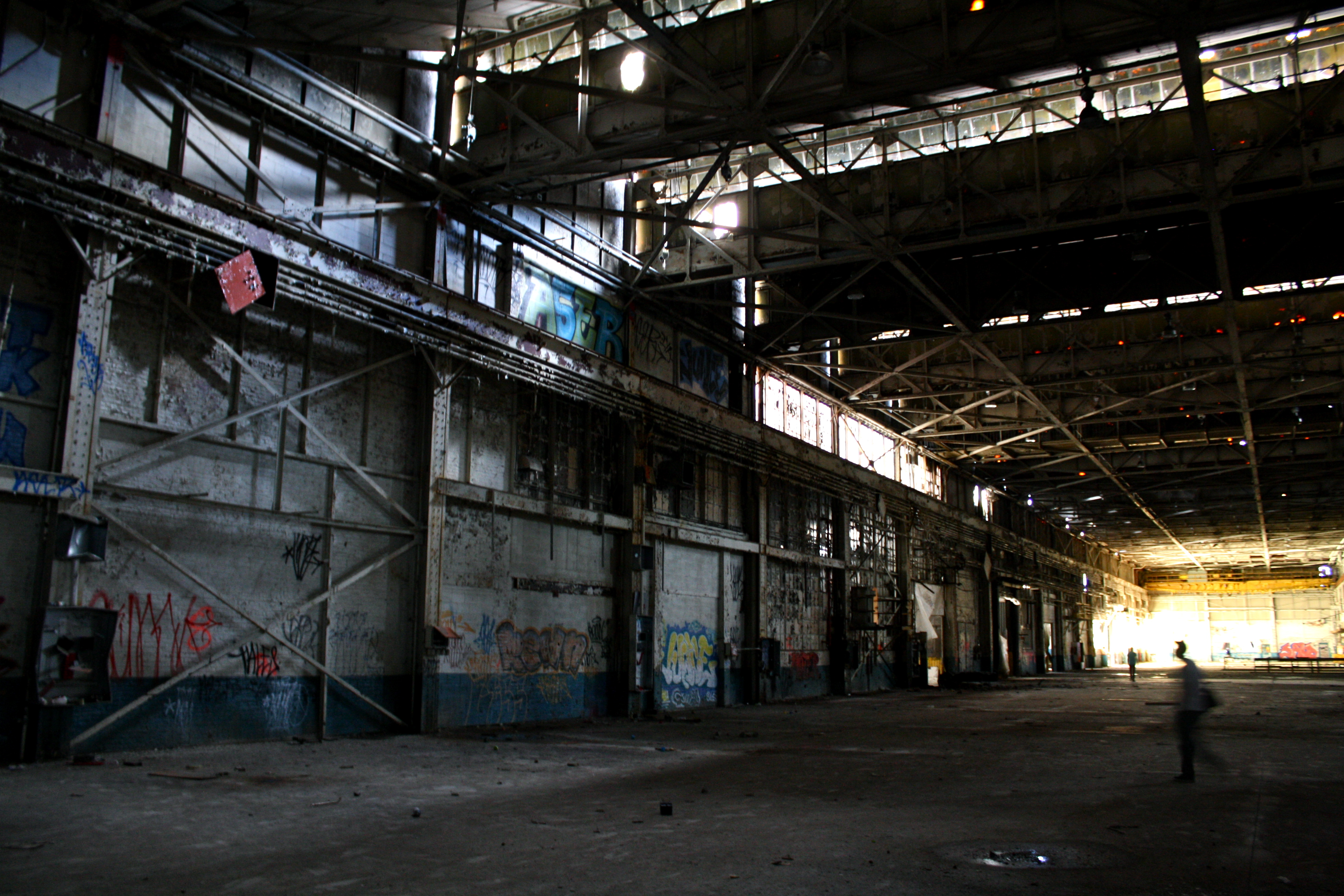 Warehouse Website Inside Phillys Abandoned Budd Manufacturing Plant With