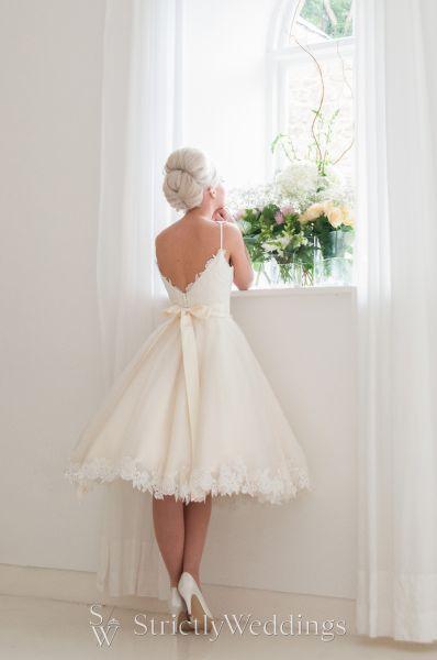 Marry Me in Mooshki   2016 Bespoke Wedding Dress Collection