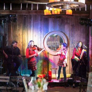 String Loaded perform in Albion Farm Gardens Wedding Barn 2015