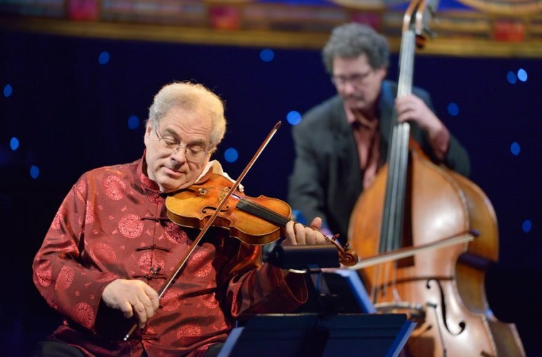 itzhak-perlman-violin-player-strings-magazine-october-20151