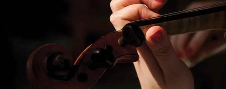 hand-guitar-red-musical-instrument-close-up-human-body-21240-pxhere.com