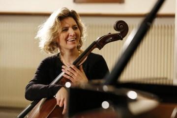 Cellist Ophelie Gailard Don Quixote