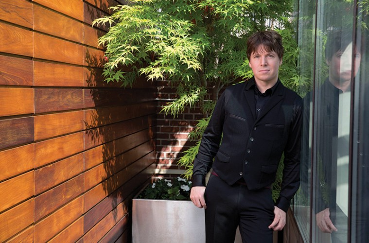 Joshua Bell's new recording with the Academy of St Martin in the Fields pairs Bruch's ever-popular Violin Concerto No. 1 with his lesser known 'Scottish Fantasy'