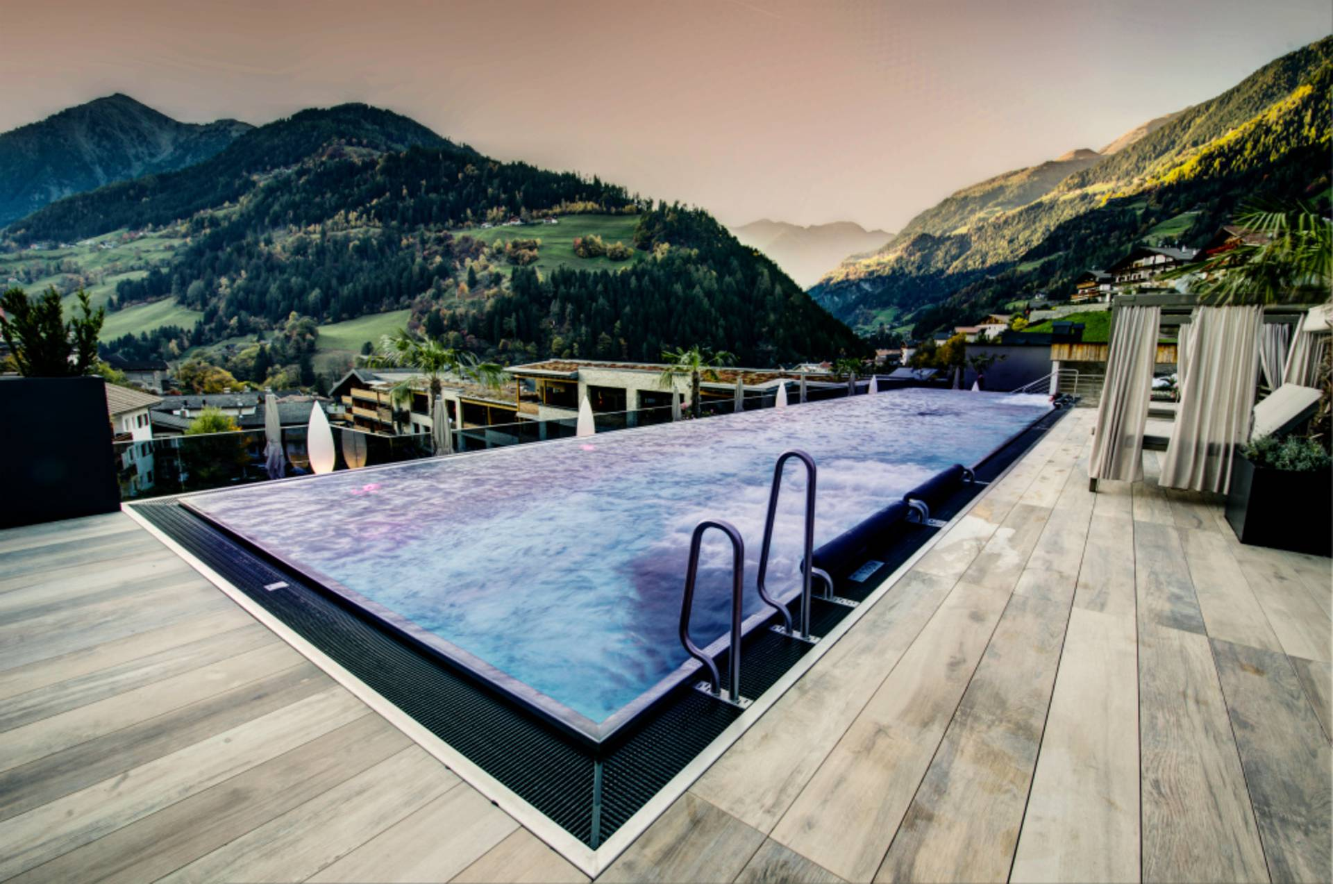 Ferienwohnung Südtirol Mit Pool Meran One Highlight In Our Hotel The Infinity Pool