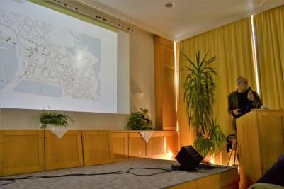 Ulrich Bunnemann, Schelfbauhütte: Sanierung mit Strohballen