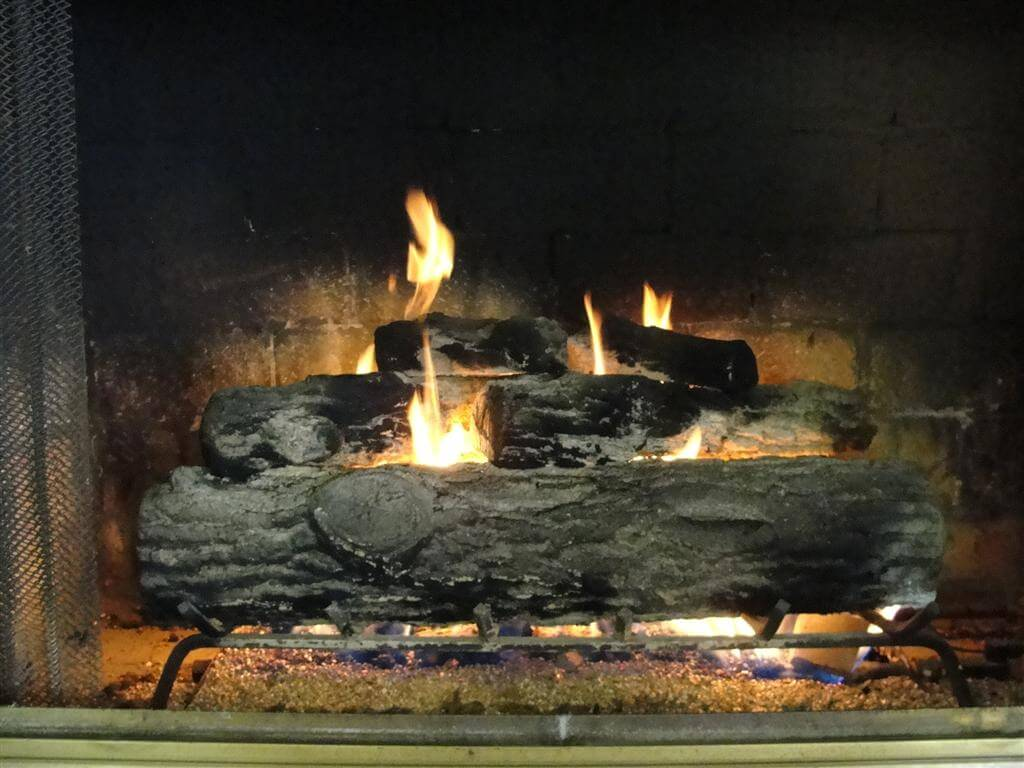How To Operate A Fireplace My Beef With Old Gas Log Fireplaces