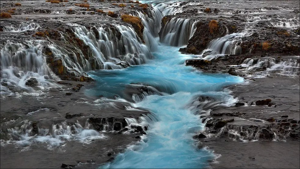 Fall Waterfall Wallpaper Iceland Waterfall Perfect For All Seasons See The Great