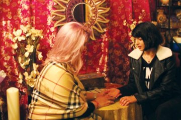 My Mirage àTrois: How Three Canadian Psychics Helped Me Find Love