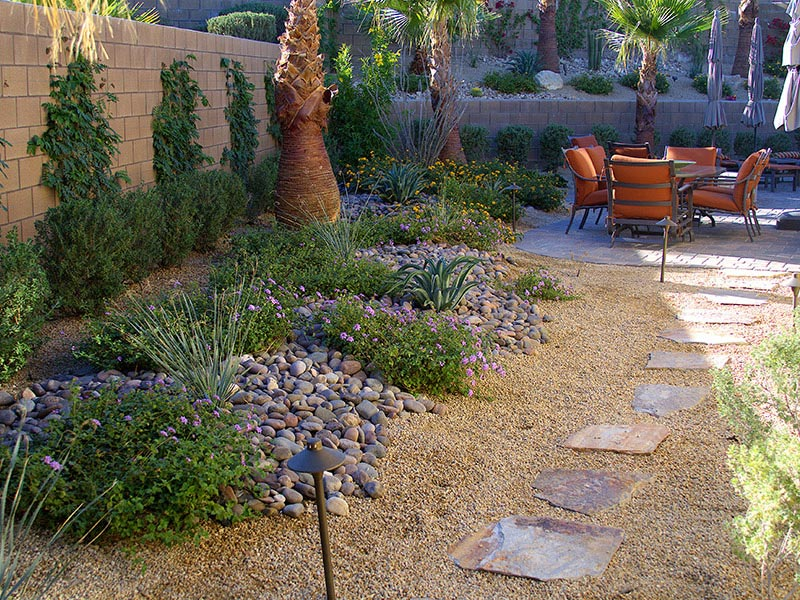 Desert Landscaping: How To Create Fantastic Desert Garden