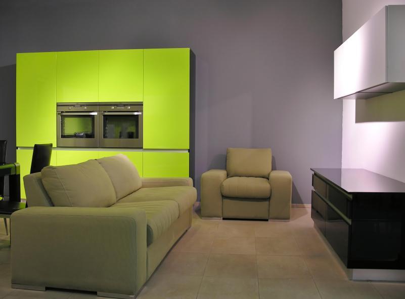 עיצוב נקי ללא עומס של ריהוט מיותר יכול להפוך גם דירת סטודיו לבית מעוצב..