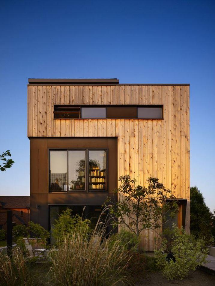 מי יכול לתאר לעצמו בית כל כך יפה ועוד מעץ.