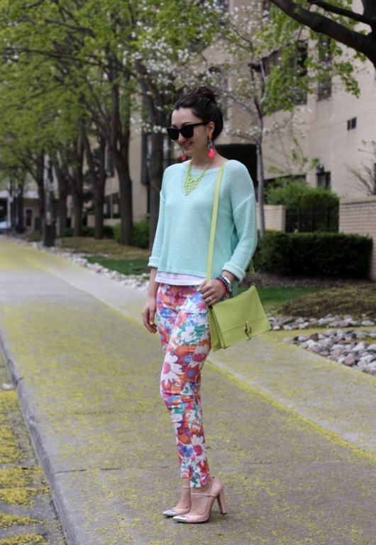 zara-floral-pants-pastel