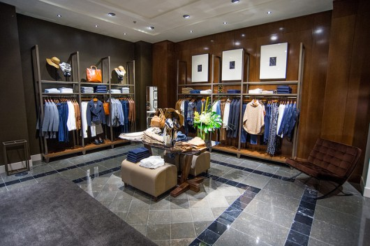 massimo dutti eaton centre men's section