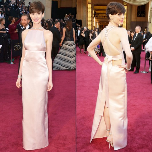 anne-hathaway-prada-oscars-2013