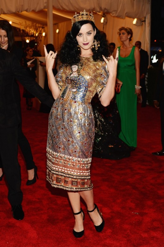 met-gala-2013-punk-katy-perry-dolce-gabbana