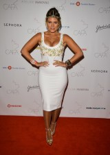 Canadian-Arts-Fashion-Awards-2014-Jenna-Naumovich