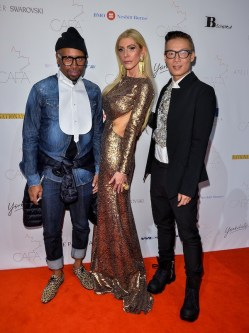 Canadian-Arts-Fashion-Awards-2014-Sylvia-Mantella-with-Greta-Constantines-Kirk-Pickersgill-and-Stephen-Wong
