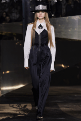 hm-studio-aw-fall-2016-paris-fashion-week (27)