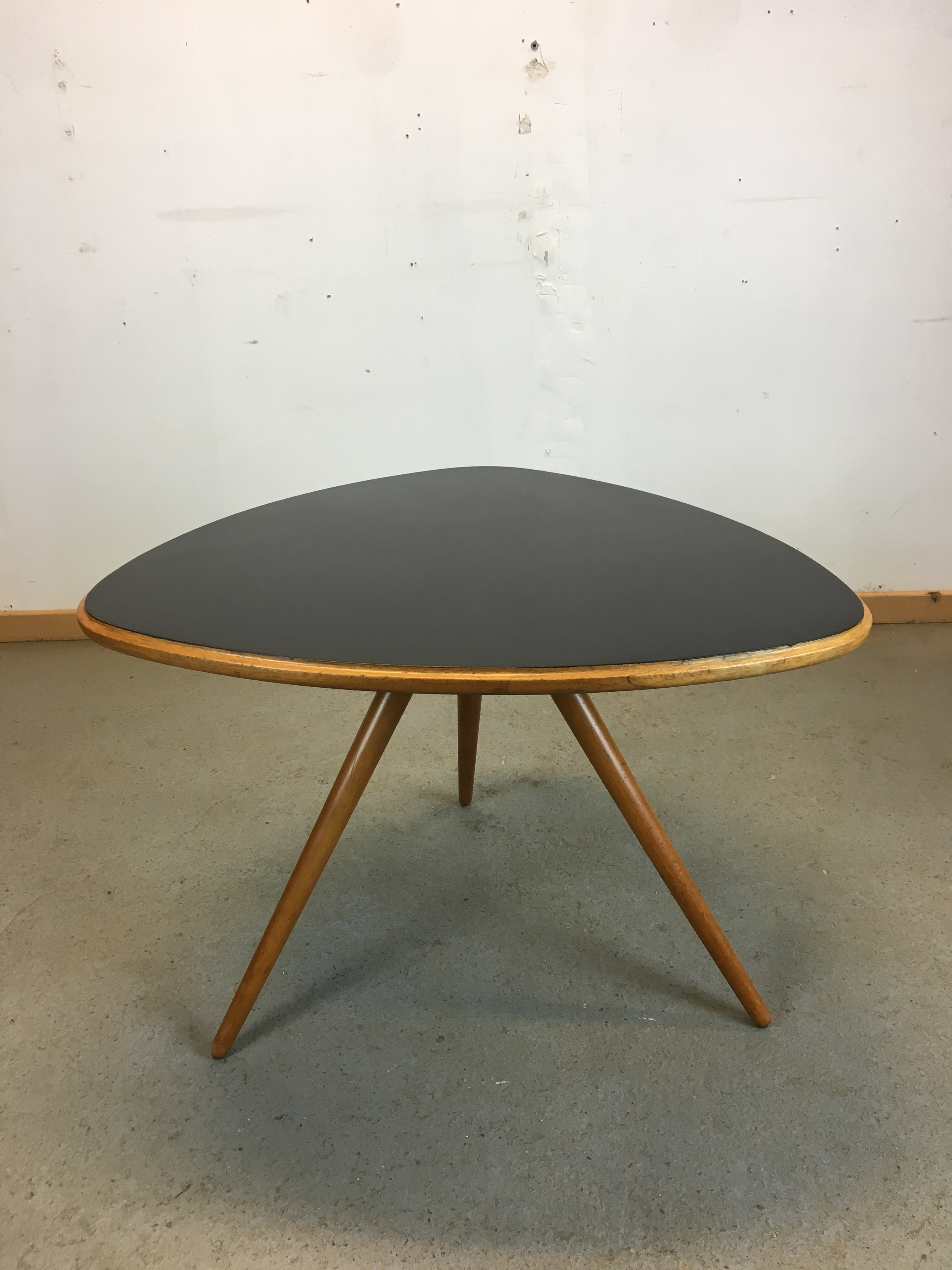 Table Année 50 Table Basse Forme Libre Année 50 Horgen Glarus Coffee Table Max