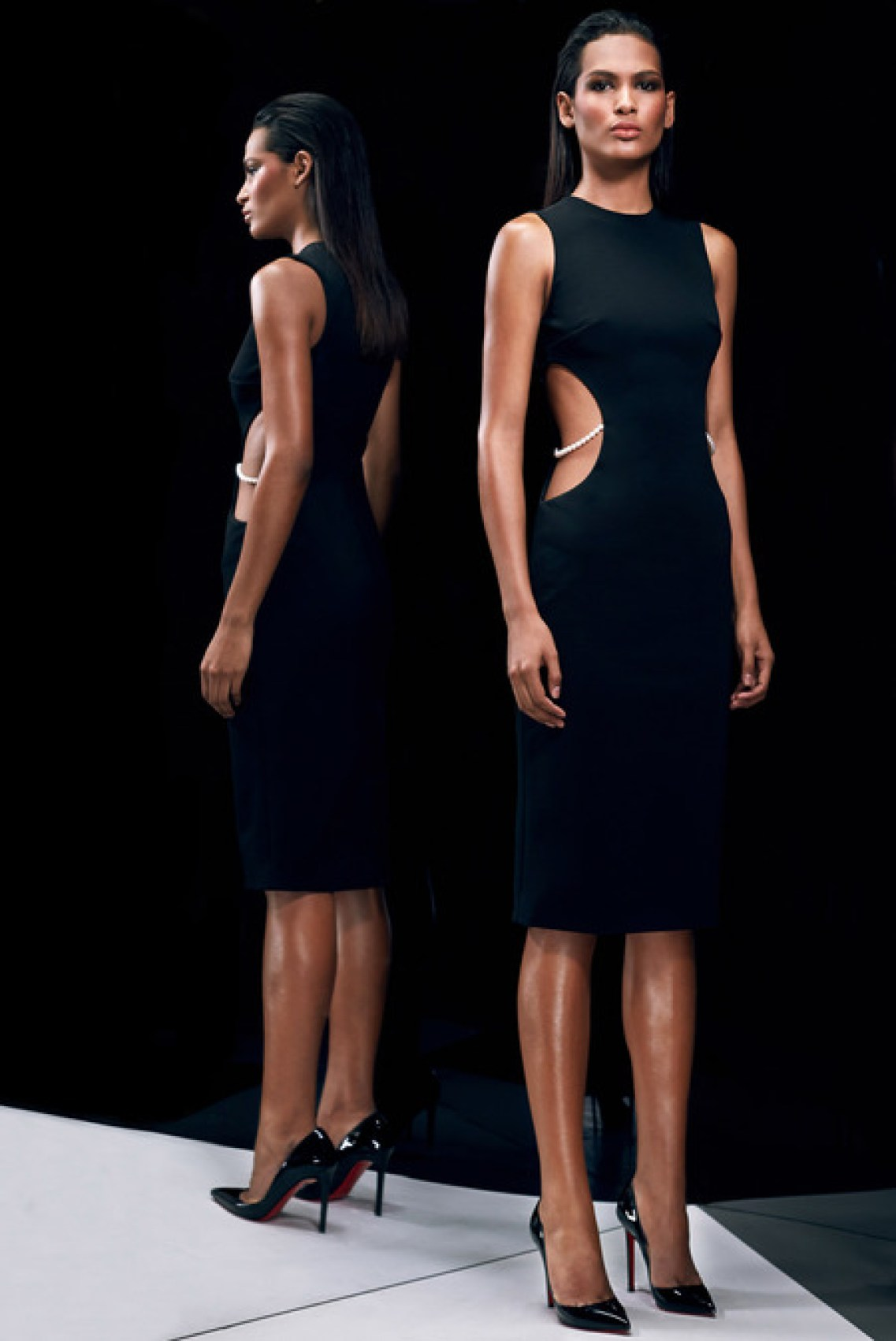 Cushnie-et-Ochs-pre-fall-2014_latest-designer-collections_regal-fashion-trends_delicate-style_high-end-fashion-bloggers-australia_luxury-bloggers-australia_top-fashion-bloggers-australia_best-fashion-editorials_2014_black-dress-with-pearls_trendy-cocktail-dresses