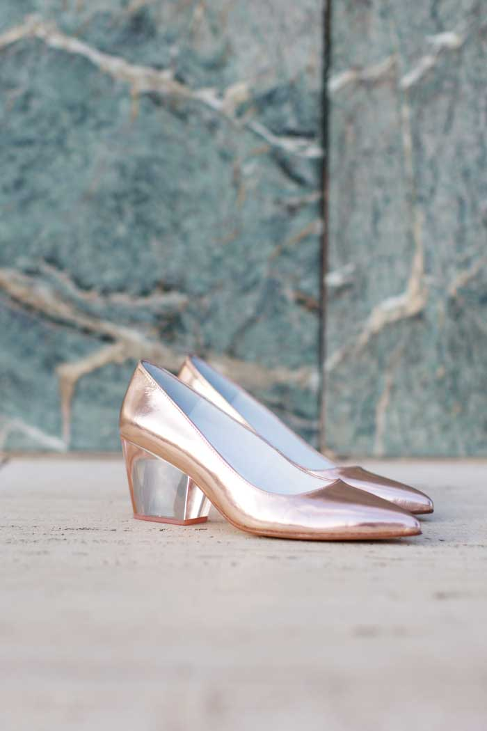 Style-In-Lima-Emmago-Gold-Heels