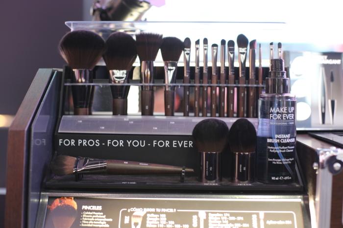 make-up-artist-make-up-forever-brushes