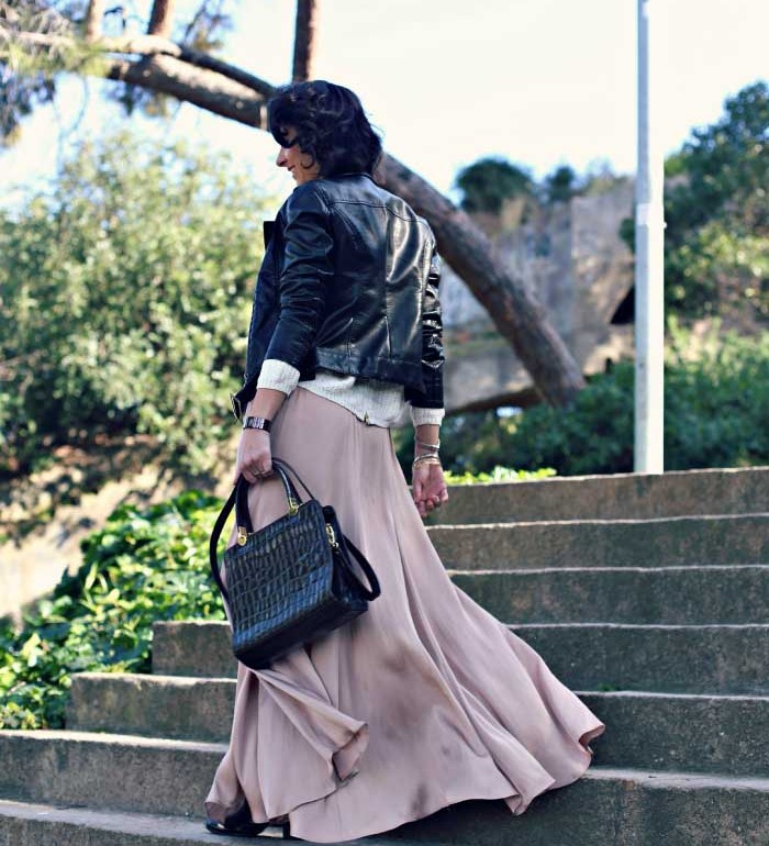 look-chaqueta-cuero-con-maxi-falda-style-in-lima
