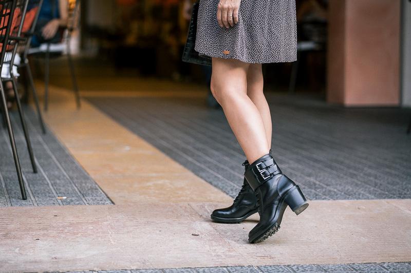 look-street-style-vestido-babydoll-holgado-fridays-project-gcm_1034_styleinlima