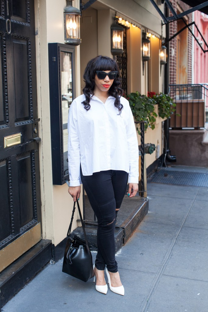 Kaylah-Burton-Style-Me-Twice-Kelsi-Dagger-Wythe-Bucket-Bag-ASOS-Palma-Heels-Quay-Black-Matte-Sunglasses-NYC-Style-Smashbox-Be-Legendary-Fireball-Matte-How-To-Style-White-Button-Down